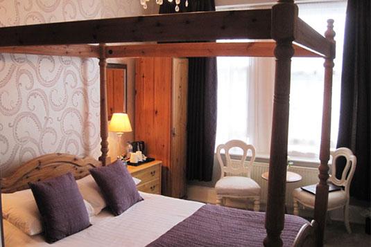 Trelawney Hotel in Torquay - Luxury Bed and Breakfast